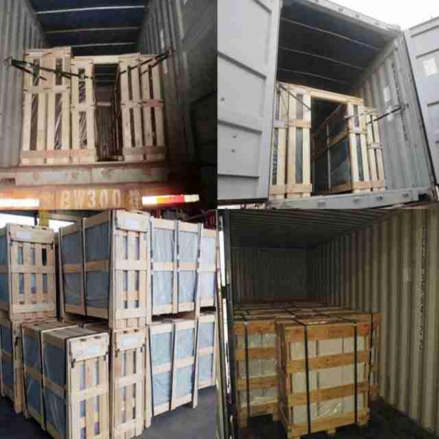 Madera contrachapada fuerte para asegurar la seguridad del vidrio durante los transportes de larga distancia.