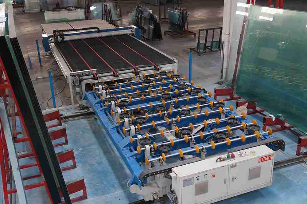 Shenzhen Dragon Glass cutting lines