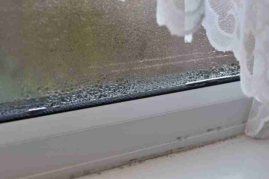 double glazing glass condensation